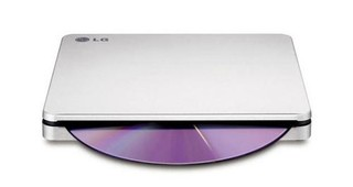 HLDS (HITACHI-LG) DVD±RW GP70NS SLIM external stříbrná USB 2.0, M-DISC 8x/4x, DVD 8x/8x, CD 24x/24x, silver, slim stříbrna