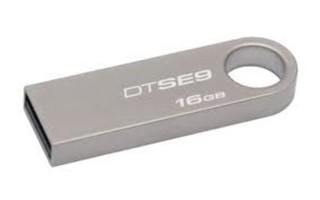 KINGSTON DataTraveler SE9 32GB kovový USB2.0 flash drive (pevný konektor)