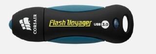 CORSAIR Voyager 32GB USB3 flash drive (max 200MB/s čtení, max 40MB/s zápis, vodě odolný a pogumovaný
